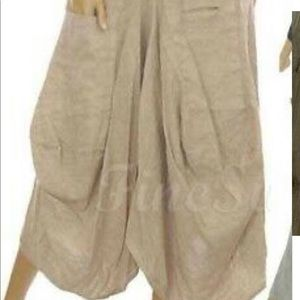 Made in Italy. Linen pants. Belle France.